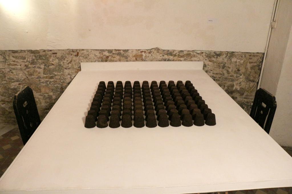87,500 Tazas de Café - Instalación ®Alejandra Vaquero